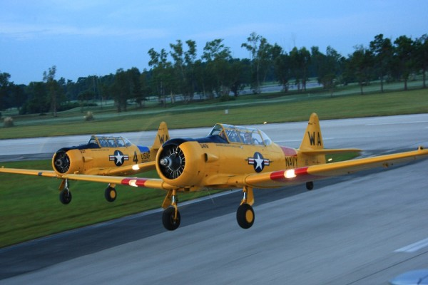 T6 formation takeoff